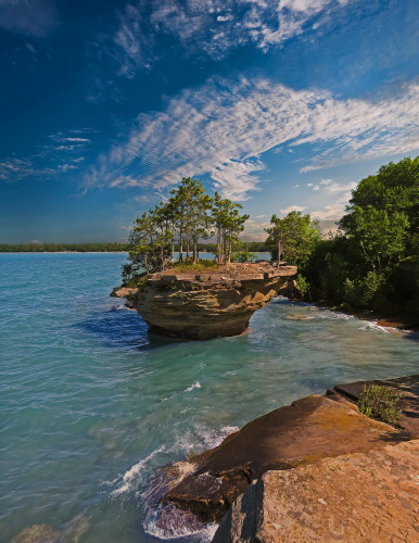 D-18-141 - Turnip Rock. Pte. Aux Barques. Port Austin, MI. Digitally enhanced.