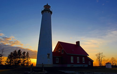 D-LH-542 - Tawas Point Lighthouse, at Sunset. Tawas State Park. Tawas City, MI.