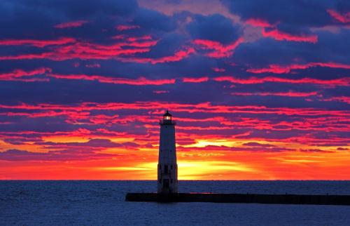 D-LH-564 - Harbor Lighthouse at sunset. Frankfort, MI.
