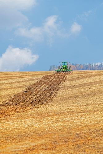 D-8-86 - Plowing a Harvested Corn Field. Kinde, MI.